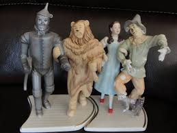 lenox wizard of oz figurines will lovely on a cake