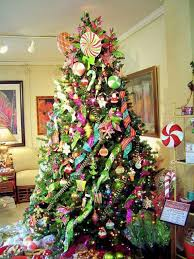 tree decoration blending purple and pink colors into