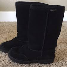 womens paw boots size 11 66 bearpaw shoes black bearpaw boots from kaitlynn s
