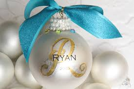 create beautiful easy personalized ornaments stickeryou