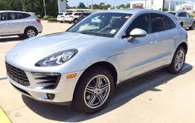 2015 porsche macan s white 2015 porsche macan s exhaust start up and in depth review youtube
