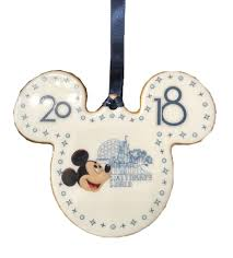 disc ornament dated 2018 mickey icon walt disney world