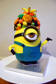 minion cake upstanding too with tropical fruit all sugar on