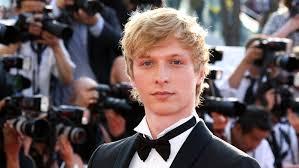 Seeking Gavel Cast Shadowhunters Cast Of Thrones Will Tudor As Sebastian