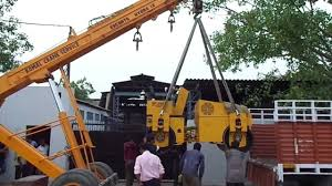 road roller loaded in tata 407 tampo by hydra crane youtube
