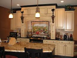 Kitchen Cabinet Trim Molding by Best 25 Rustic Crown Molding Ideas On Pinterest Rustic Lighting