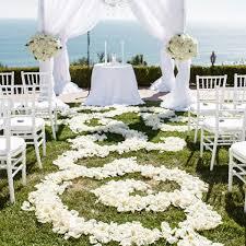 outside wedding ceremony decorations