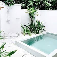 Mini Pools For Small Backyards by Best 25 Mini Pool Ideas On Pinterest Plunge Pool Natural