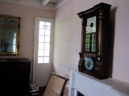 file mary plantation house upstairs interior mantle clock 2 jpg