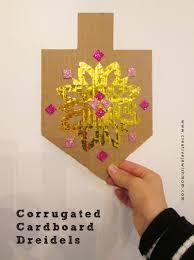 hanukkah dreidel craft using corrugated cardboard creative