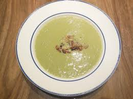 cuisiner les verts de poireaux velouté de vert de poireaux par marfab une recette de fan à