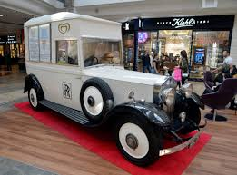 rolls royce van dyson and eurostar build on the bluewater experience
