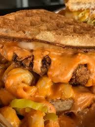 bruxie u0027s u0027bamf u0027 sandwich is stuffed with mac u0026 cheese and fried