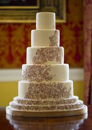 bespoke wedding cakes how to get the bespoke wedding cake you really want the wedding