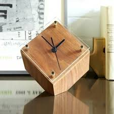 2017 solid wood clocks mute intelligent small squares alarm clock