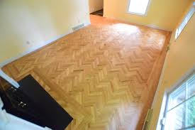 wood floor patterns create spaces
