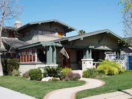 Craftsman House Style Bungalow Long Beach S Bungalow Specialist Arts And Crafts
