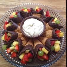 20 fruit veggie trays nobiggie