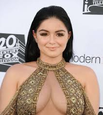 Ariel Barnes Ariel Winter Ripped Over Short Skirt Instagram Post U0027you Want