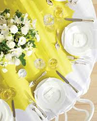 Table Runners For Round Tables Good Things For Table Settings Martha Stewart Weddings