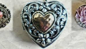 box lockets heart shaped lockets gift guide be my world