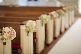 decoration eglise pour mariage mariage ch une allée centrale tout en élégance