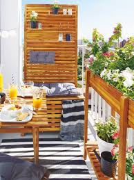 bank fã r balkon möbel pflanzen und deko alles für den mini balkon balconies