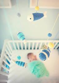mobile kinderzimmer mobile über dem babybett anbringen ideen für babyspielzeug