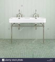 double sink stock photos u0026 double sink stock images alamy