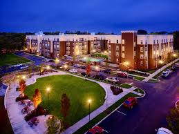 1 Bedroom Apartments Bloomington In Off Campus Apartments For Rent In Bloomington In Near Iu Photo