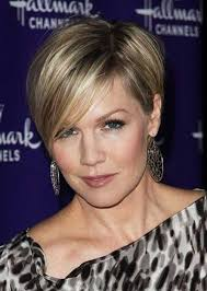 edgy hairstyles in your 40s 30 best short haircuts for women over 40 short hairstyles 2016