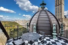 Donald Trumps Penthouse Iconic Central Park Penthouse At The Plaza With Lavish Decor