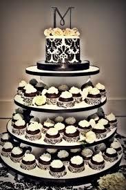 black and white cupcake of inexpensive wedding wedding cake