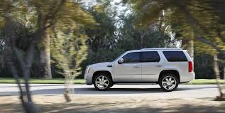 2010 cadillac escalade hybrid cadillac adds platinum model to escalade hybrid for 2010 bonus