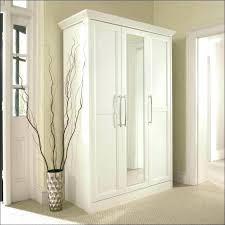 Bifold Closet Doors Menards Bifold Closet Door I25 For Modern Interior Home Inspiration With