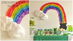 streamer backdrop tutorial rainbow party streamer backdrop creative juice