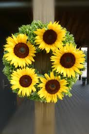 Sunflower Home Decor by Sunflower Wreaths Home Decor Simple But Attractive Sunflower