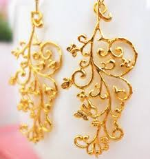 beautiful gold earrings 15 beautiful attractive wedding earrings for brides styles at