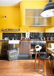 cuisine moutarde design d intérieur cuisine respire fraîcheur beau jaune moutarde