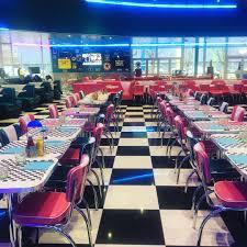 mobilier diner americain jame u0027s diner restaurant diner halal à coignières