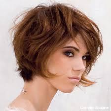 coupe pour cheveux pais coupe de cheveux visage rond cheveux épais