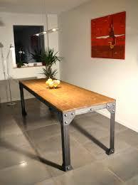 grande table de cuisine table de cuisine ronde unique benetan tables multifonctionnelles sur