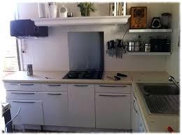 peindre meuble cuisine stratifi comment peindre un meuble stratifie meuble de cuisine repeint en