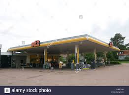 petrol company stock photos u0026 petrol company stock images alamy