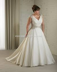 wedding dress for big arms wedding dresses for the big bold beautiful eventfinesse