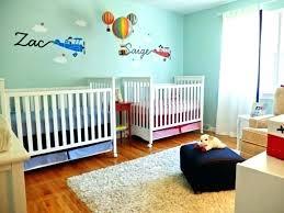 idee deco chambre bébé deco chambre bebe murale peinture idee mur decoration murs bleue