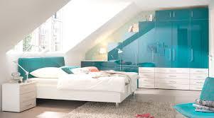 Schlafzimmer Tapeten Braun Schlafzimmer Dachschräge Grau Braun Spritzig Auf Moderne Deko