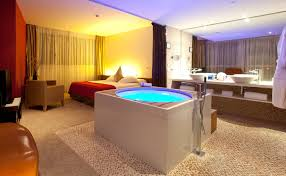 room creative luxury hotels with in room jacuzzi cool home
