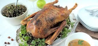 cuisiner une oie pour no plat principal pour noël toutes les recettes allrecipes