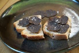 comment cuisiner les truffes noires la truffe sarlat tourisme